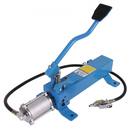 Hydraulic footpump for ATV lift